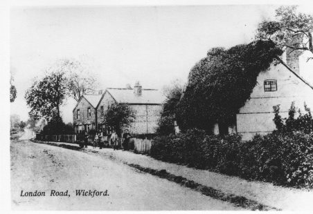 Ivy Cottage, London Road