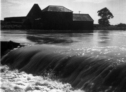 Wickford Flood water at Battlesbridge