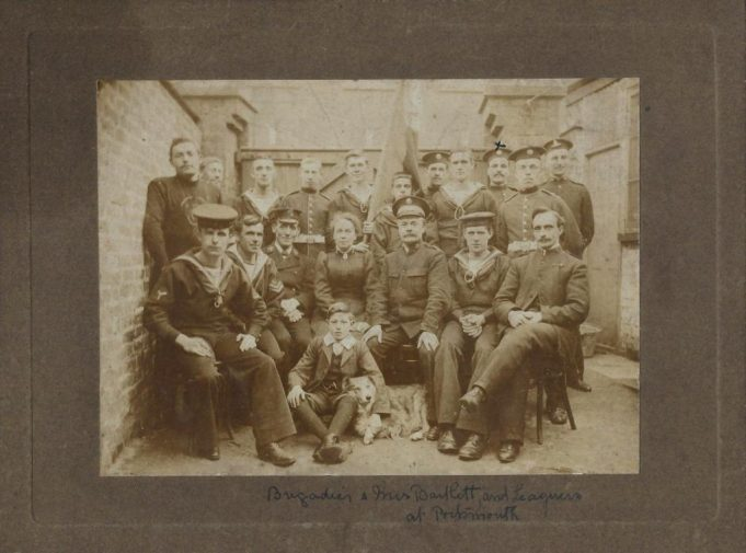 1911.  Brigadier(?) and Mrs Bartlett and Leaguers at Portsmouth | Tom May
