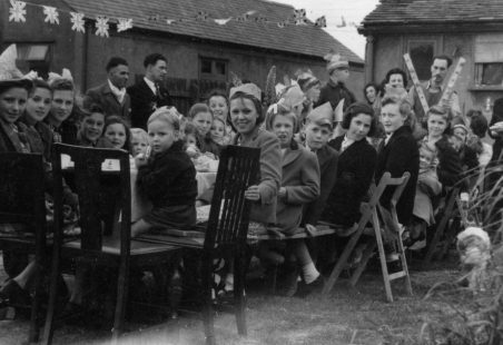 1945(?) Children's Party, Nevendon Road