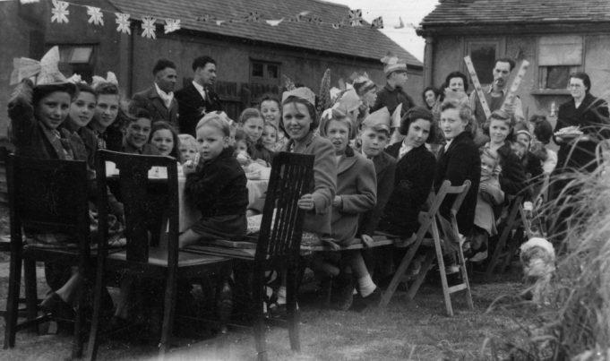 Nevendon Road Children's Party | John Fuller