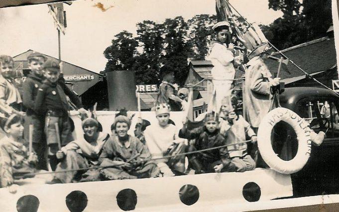 Cubs float 1951 | Bob croot