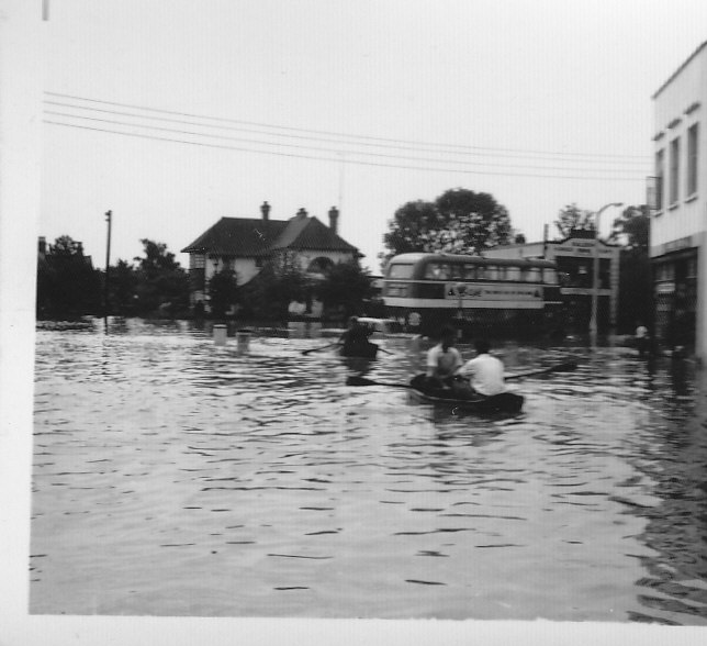 Rowing across to Halls Corner from Nevendon Road