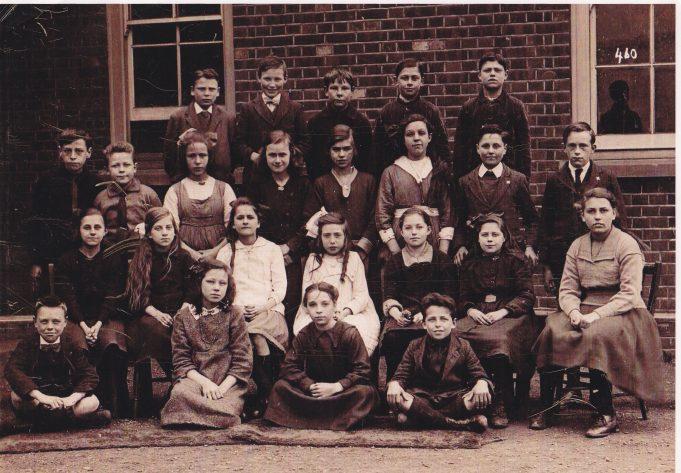 Class of c.1916-17.