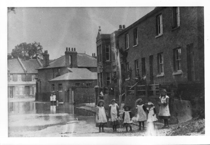Swan Lane, circa 1910 | donated by Mr C Hall
