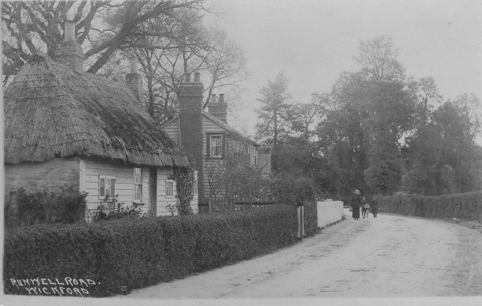 Thatched cottage Runwell Road. | Marion Hurst