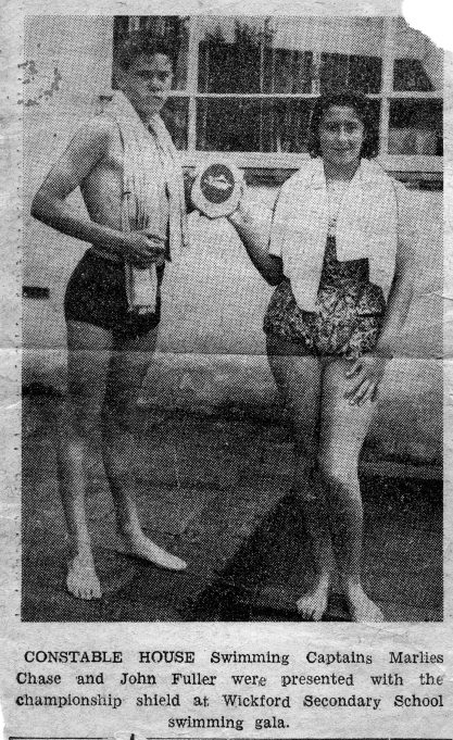 John Fuller sent in this newspaper cutting of a swimming gala held at the pool in Battlesbridge.  John's comments are shown below.