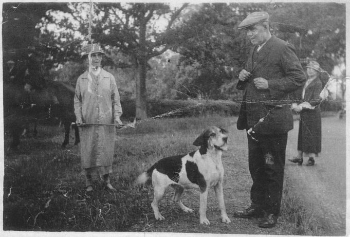 George, Maud and 'Gussie' stading in the garden of Bretts Cottage