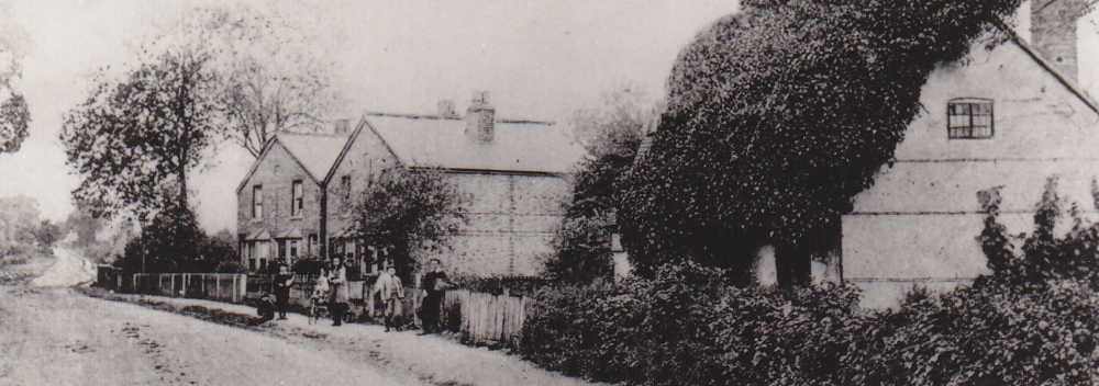 3. London Road, with Ivy Cottage on the right.