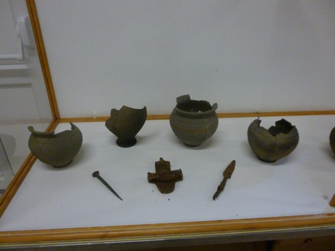 More pots and metal artifacts found at Beauchamps | Jo Cullen