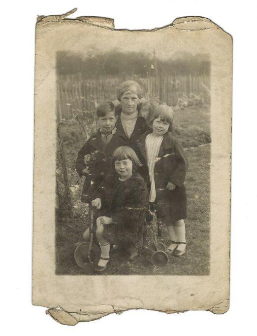 Unsure if this is Alice Nye with Foster Children | Sharon Tamburrini