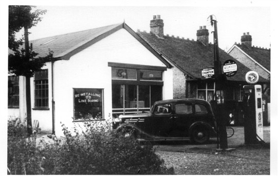 Garage in Nevendon Road. | Basildon Heritage