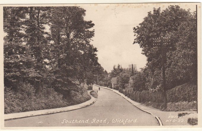 Southend Road looking towards the Church of England School | Isobel Johnson Collection
