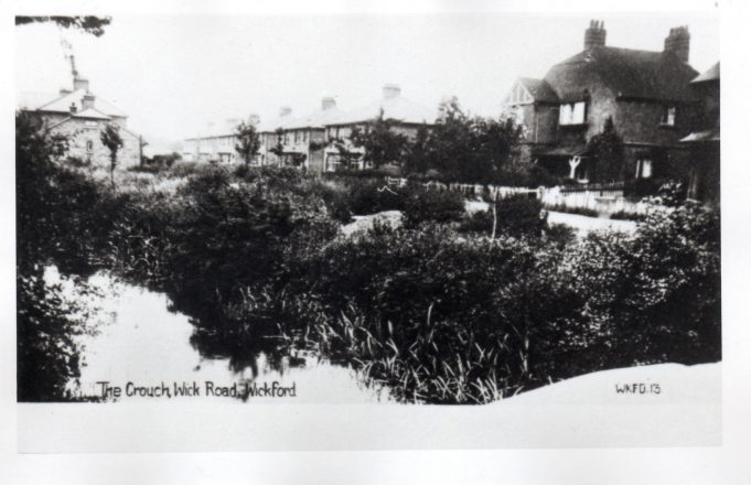 River Crouch, Wickford