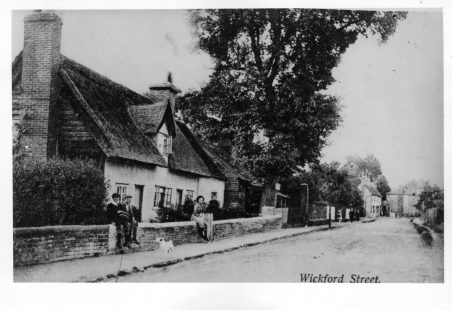 (c) In and around Wickford High Street