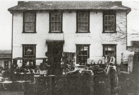 Suttons Hardware Shop