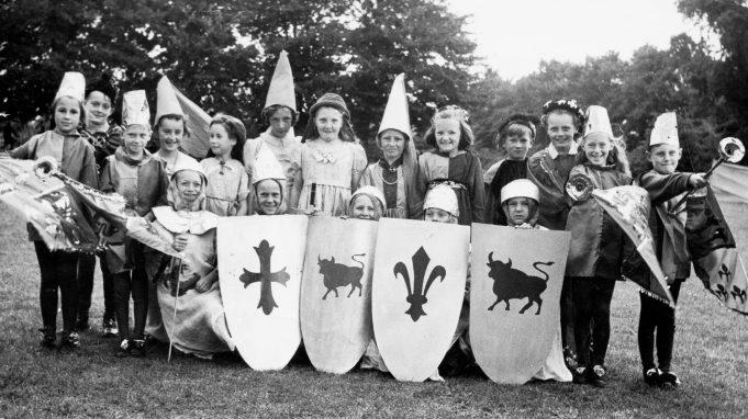 Wickford Junior School. Coronation Pageant | John Cootes