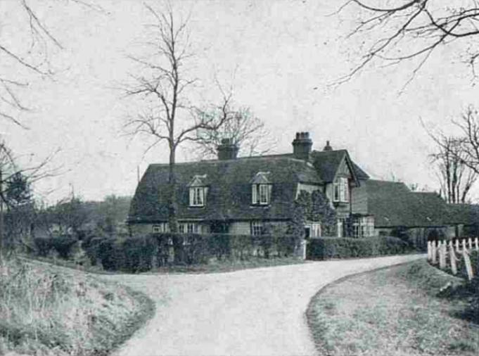 Peadowns Farmhouse (The Sphere, 1948)